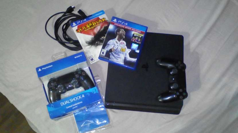 Playstation 4 Slim 500gb - 0