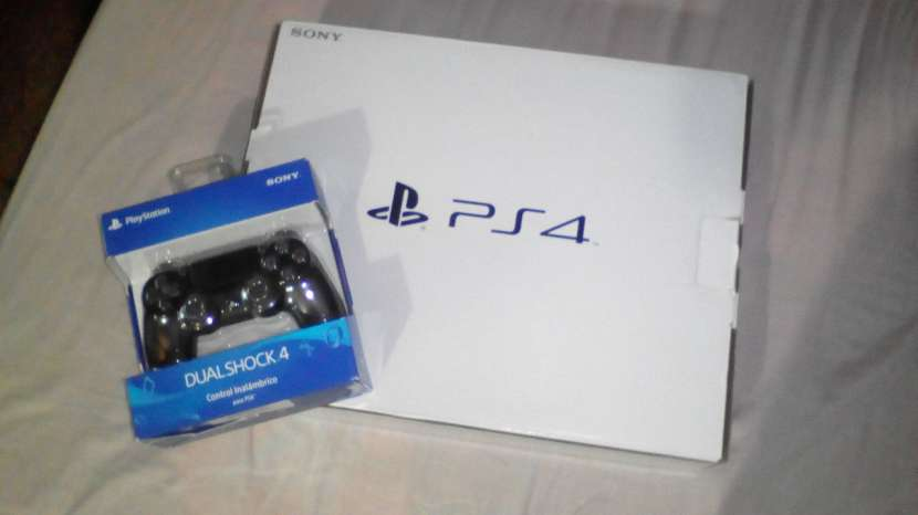 Playstation 4 Slim 500gb - 1