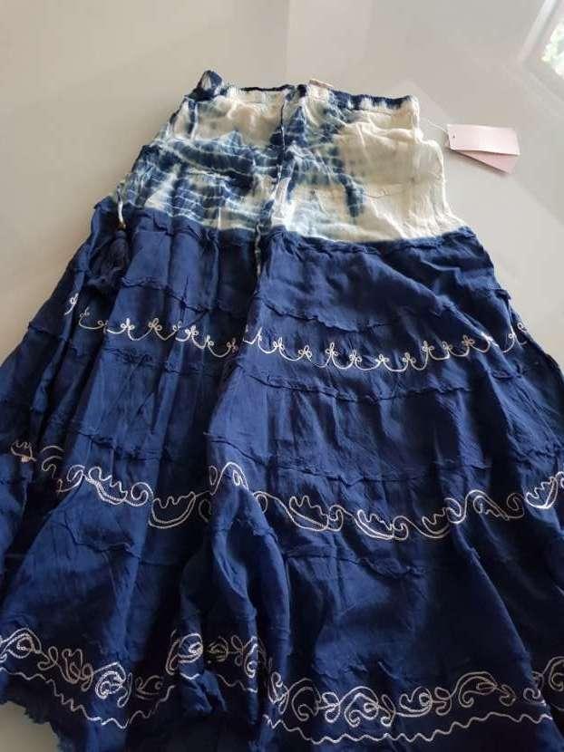 Falda hecha en la india - 0