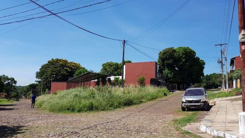 Terreno en esquina Villa Elisa - 2