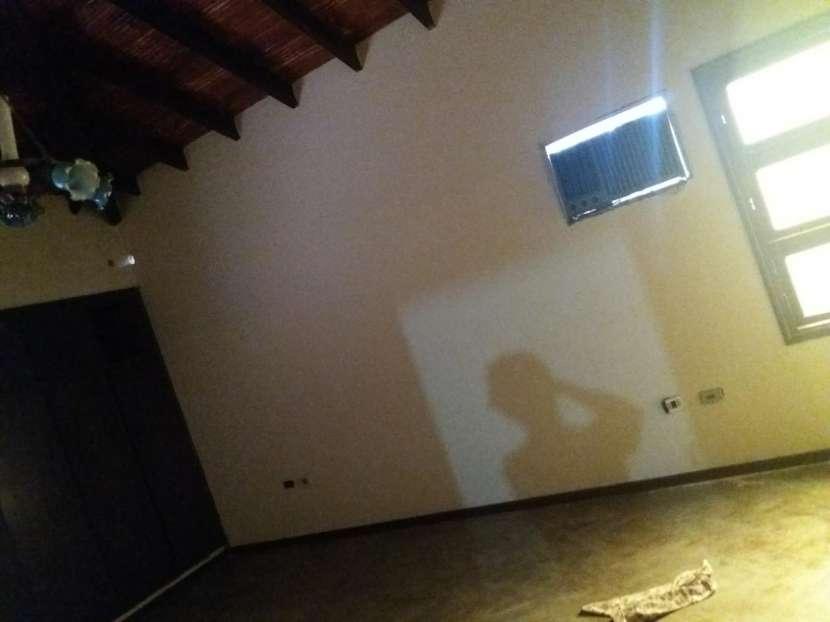Casa sobre la Avda. Gral Santos - 2