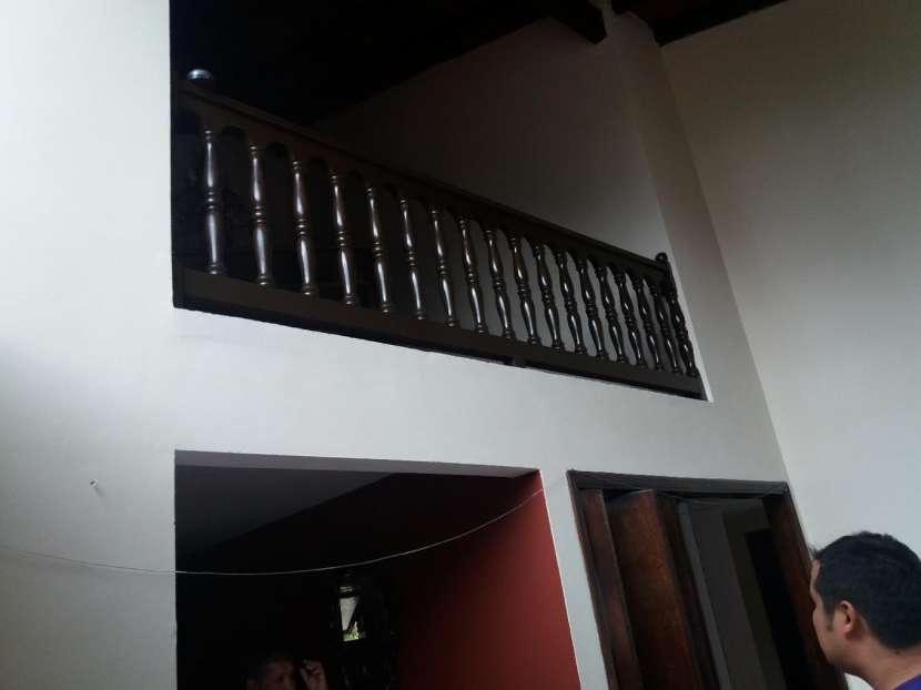 Casa sobre la Avda. Gral Santos - 8