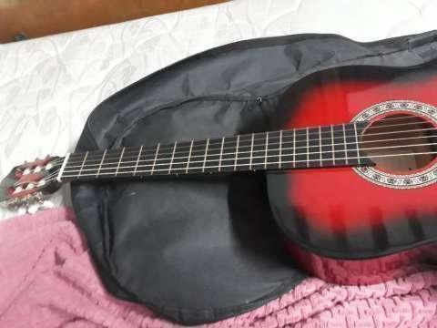 Guitarra acústica - 1
