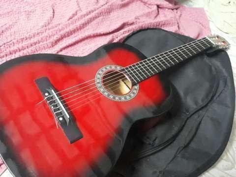Guitarra acústica - 3