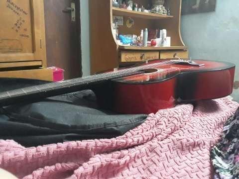 Guitarra acústica - 4