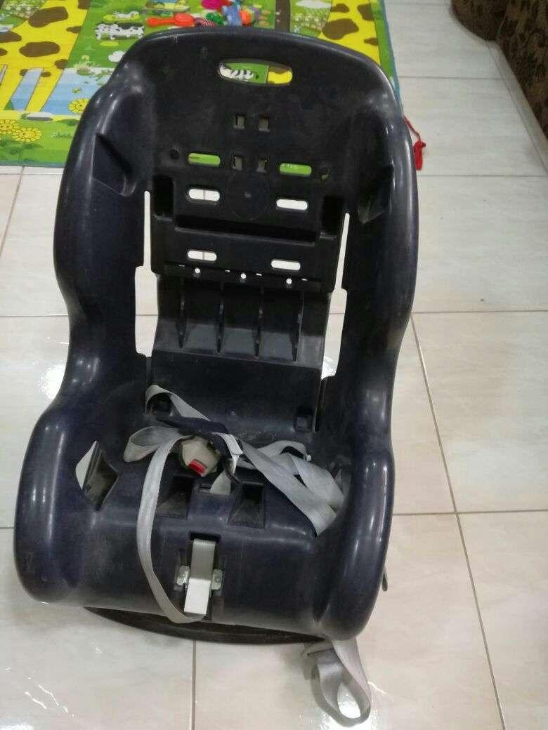 Car seat - 0