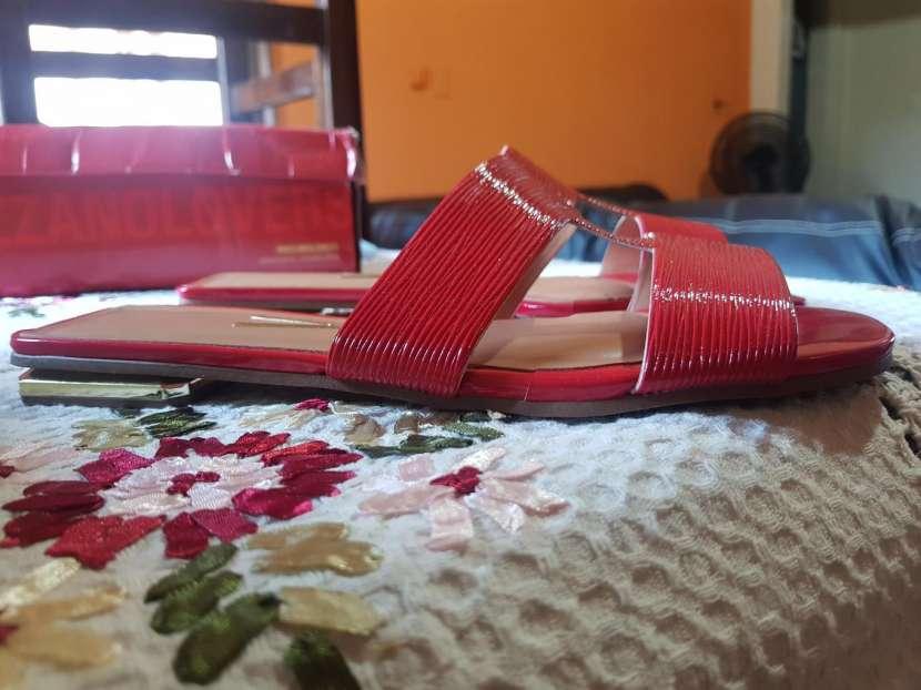 Calzado vizzano rojo