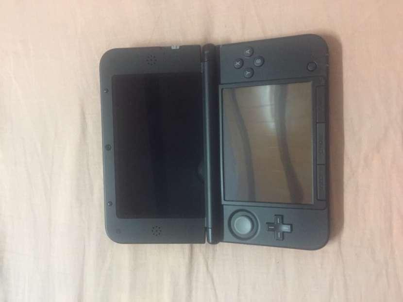 Nintendo 3DS XL, seminuevo sin usar. Incluido Pokemon Y. - 0