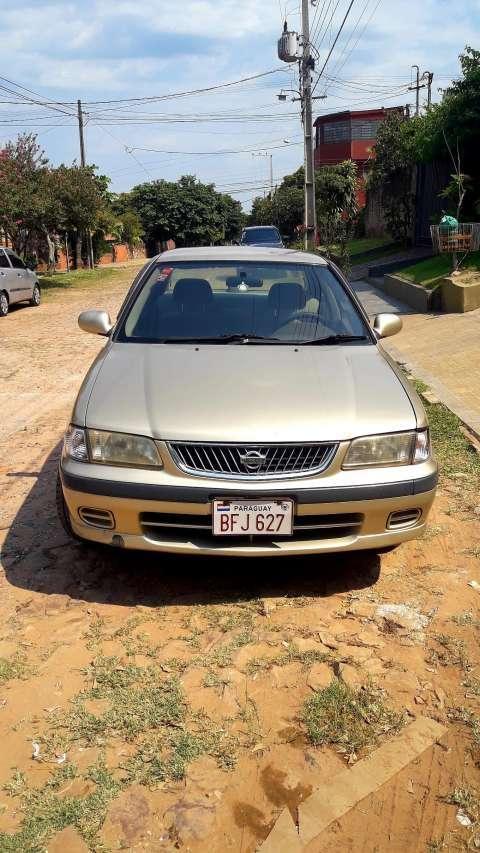 Nissan Sunny 2001