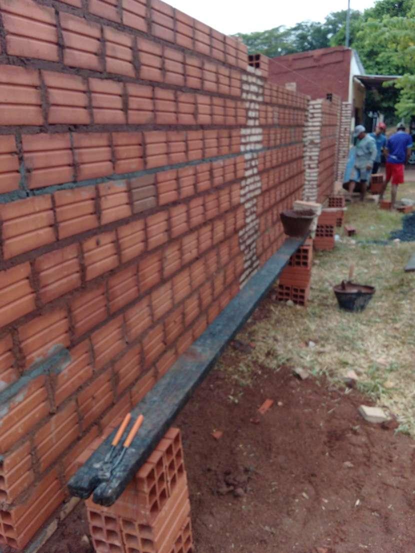 Construcción de pared de muralla - 0