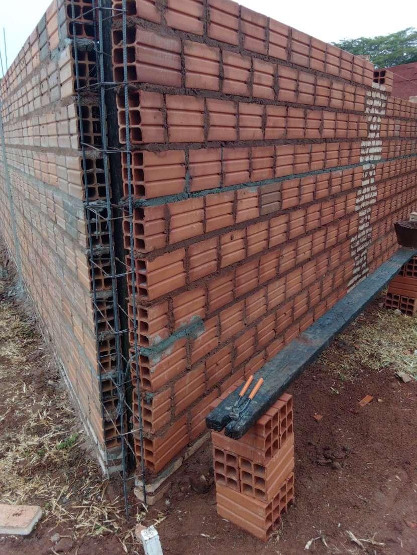 Construcción de pared de muralla - 1