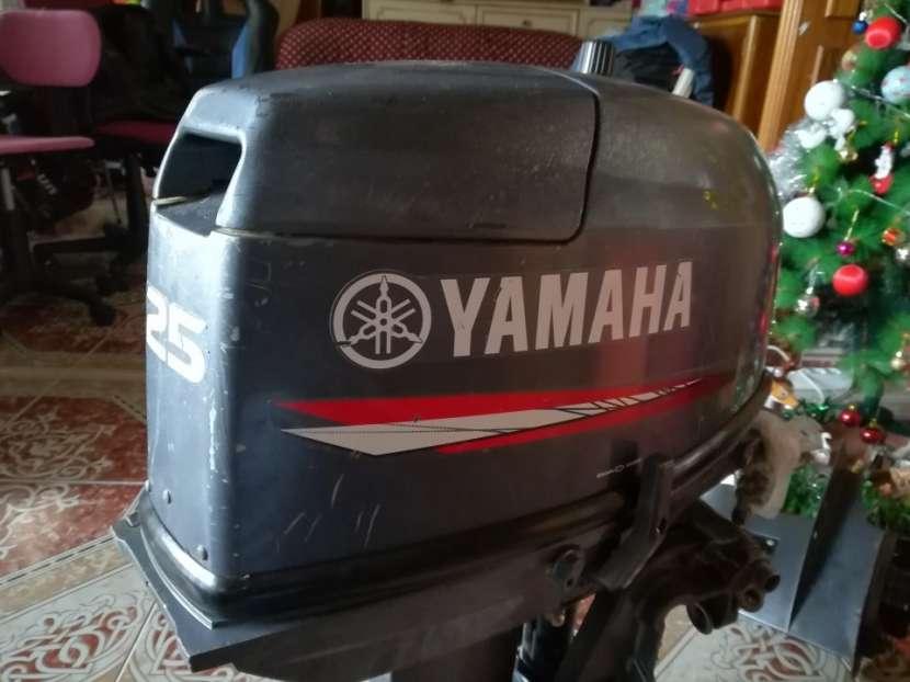 Motor YAMAHA 25 CV DOS TIEMPOS - 0