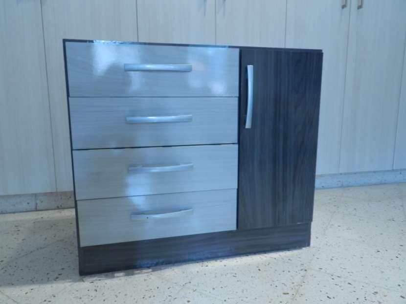 Mueble tipo cómoda - 2