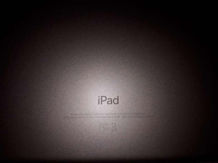 iPad 5ta generación sólo WiFi 128 gb - 5