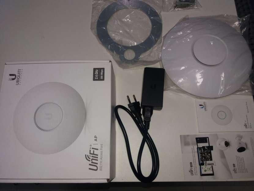 Router Punto de acceso p/ Internet cobertura 100 metros - 1
