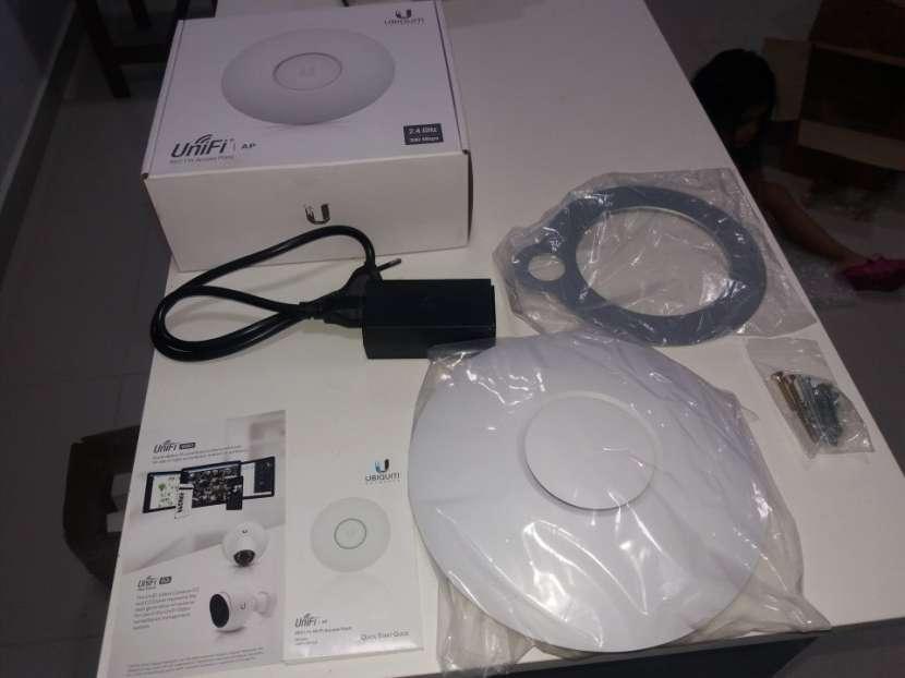Router Punto de acceso p/ Internet cobertura 100 metros - 0