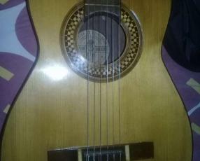 Guitarra de orquesta Sentchordi Hermanos