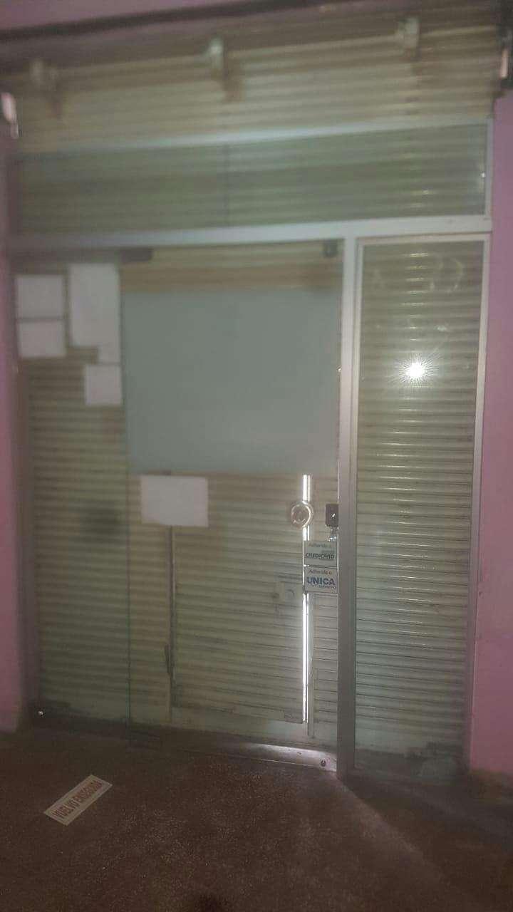 Puerta de blindex - 1