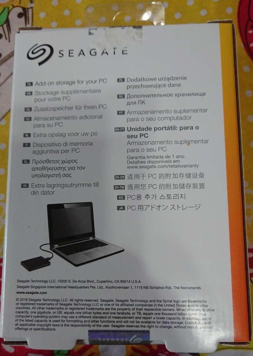 Disco externo Seagate 2TB - 1