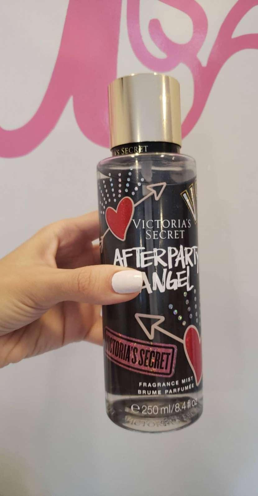 Perfume Locion Body splash vs Victoria's secrer pink - 4