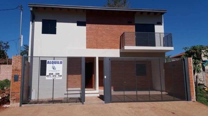 Duplex en bella vista luque