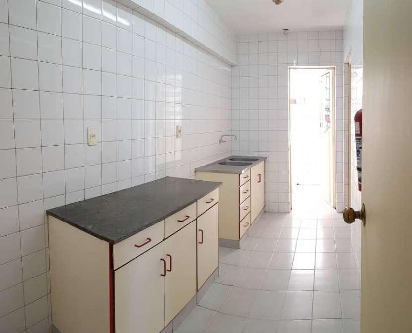 Departamento en el centro con 3 dormitorios en suite - 1
