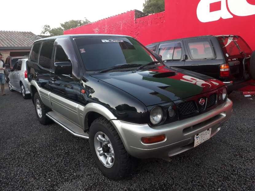 Nissan mistral 1998