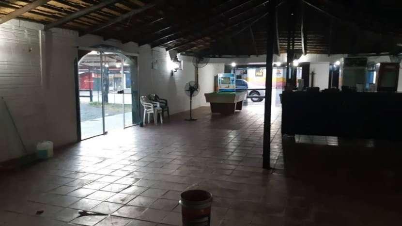 Salón comercial zona San Lorenzo Luque A1442 - 2