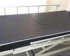 Colchón ortopédico para cama hospitalaria.