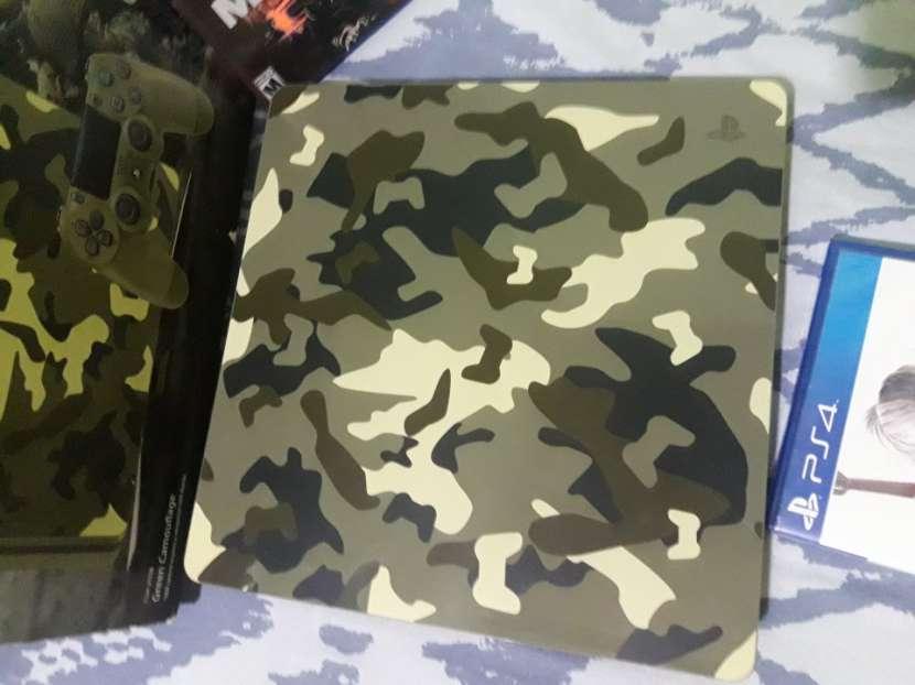 PlayStation4 Slim 500gb con control personalizado y 4 juegos - 1