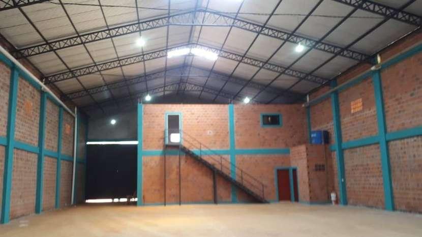 Depósito con showroom en Ciudad del Este A1440 - 1
