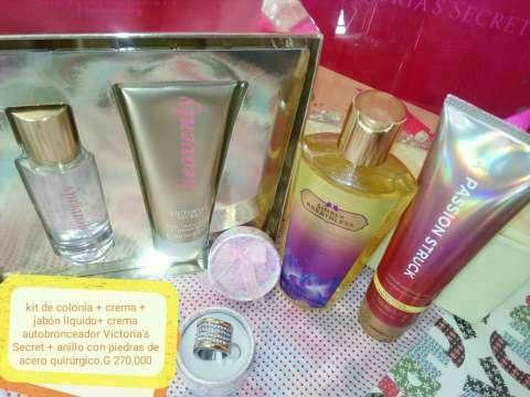 Kit de perfumes y joyas - 2
