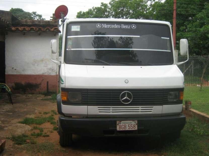 Mercedes Benz - 2