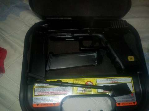 Pistola de Airsoft g17 HFC - 0