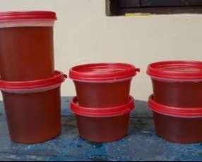 Miel de abeja pura 100% orgánica traída del chaco