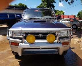 Toyota Hilux Surf 1997