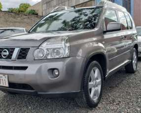 Nissan X-trail 2011 color gris
