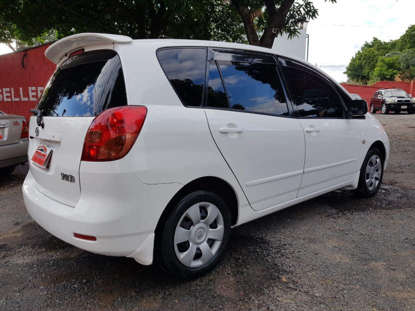 Toyota New Spacio 2003