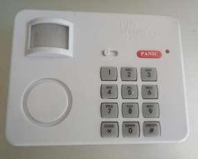 Sensor de movimiento con código de seguridad por teclado