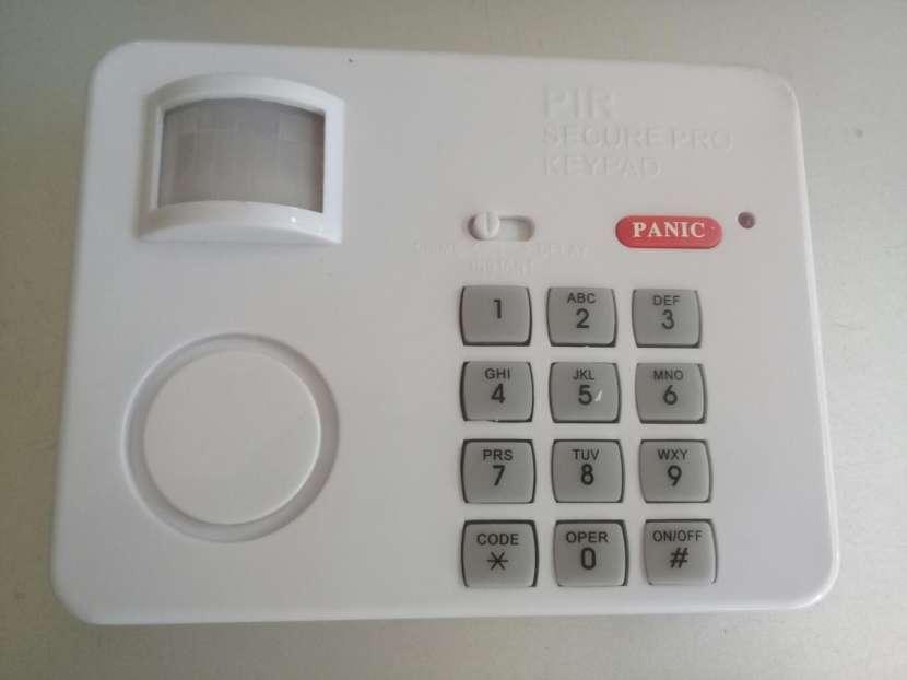 Sensor de movimiento con código de seguridad por teclado - 0