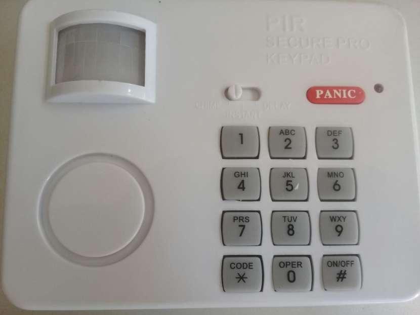 Sensor de movimiento con código de seguridad por teclado - 2