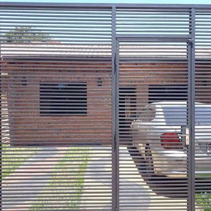 Casa en luque zona IPS A1460