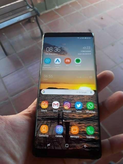 Samnsung Galaxy Note 8 - 1