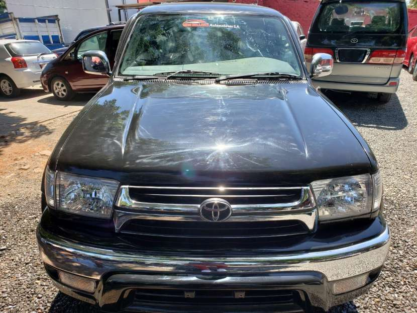 Toyota hilux surf 2000 naftero 2.7 automático 4x4 full equipo - 1