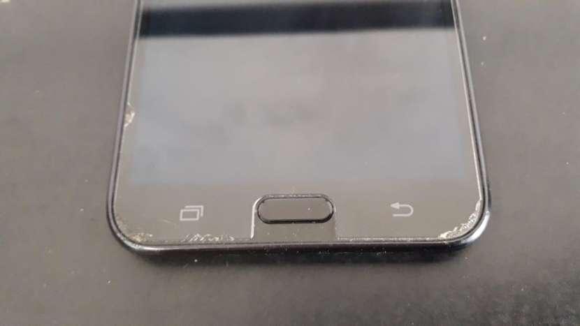 Samsung Galaxy J7 Neo - 4