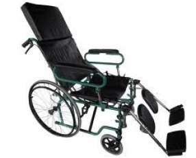 Silla de ruedas con respaldero y cabecera