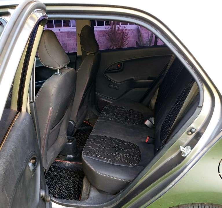 Kia Picanto 2013 plateado - 5