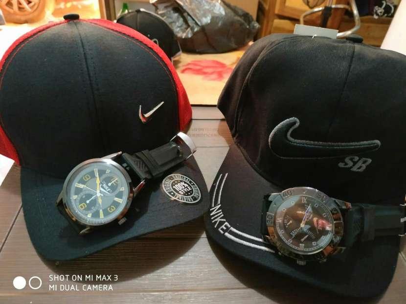 Kepis con reloj - 5