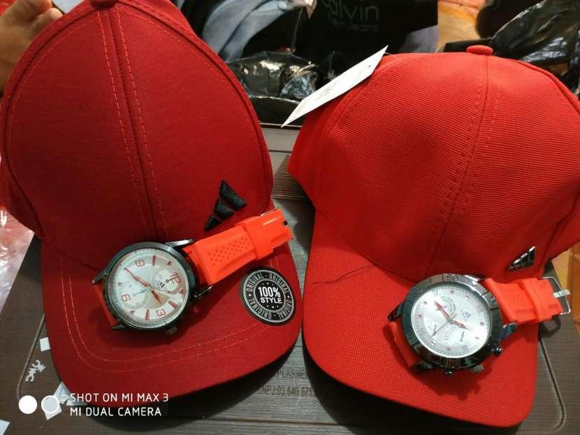 Kepis con reloj - 7