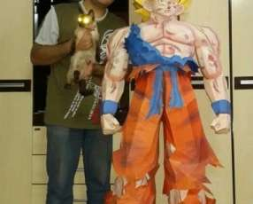 Goku Tamaño Real